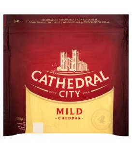 Cathedral City Mild Cheddar Ser dojrzewający 200 g
